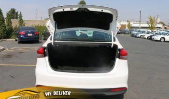 2017 Kia Forte 4d Sedan LX Popular full