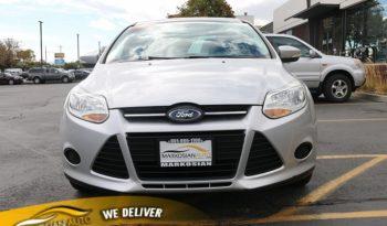 2014 Ford Focus 4d Sedan SE full