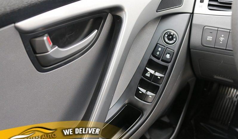 2016 Hyundai Elantra 4d Sedan Limited full