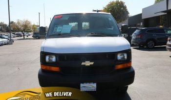2017 Chevrolet Express Van 2500 Van full