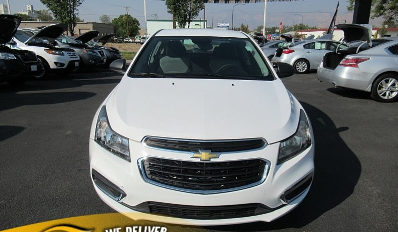2015 Chevrolet Cruze 4d Sedan LS Auto full
