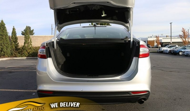2014 Ford Fusion 4d Sedan S full
