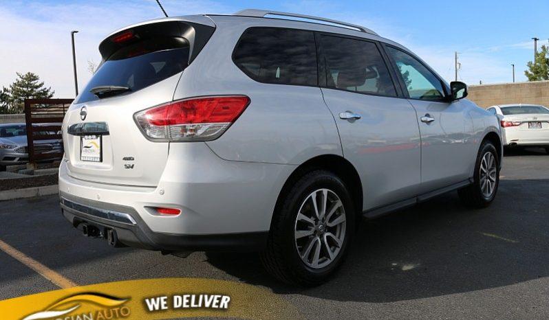 2016 Nissan Pathfinder 4d SUV 4WD SV full