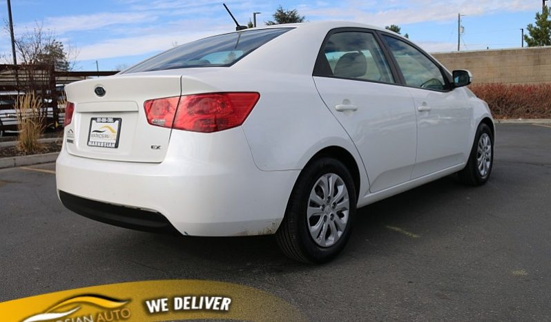 2011 Kia Forte 4d Sedan EX full