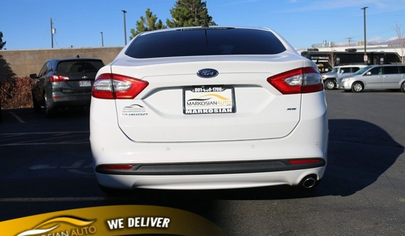 2015 Ford Fusion 4d Sedan SE 2.5L full