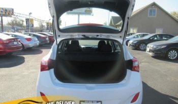 2017 Hyundai Elantra GT 4d Hatchback Auto full
